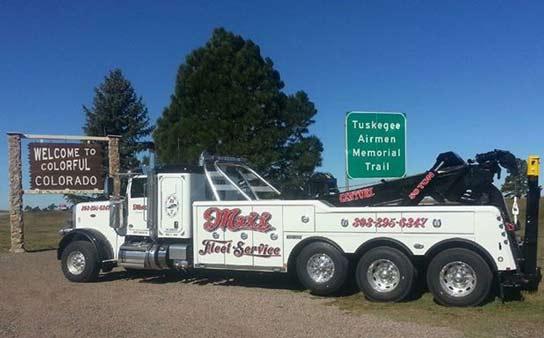 Heavy Truck Towing Denver 303 295 6347 Maxx Fleet